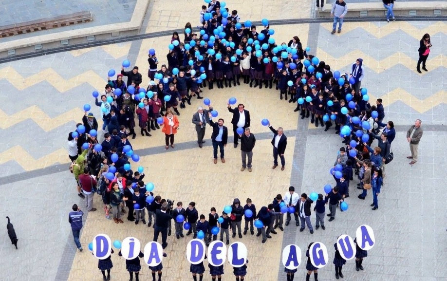 "Talcahuano celebra con ""gota gigante"" el Día Mundial del Agua."