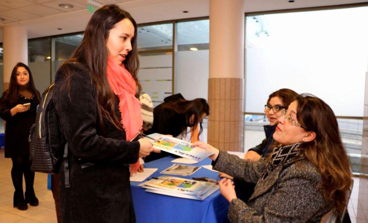 Alcalde Campos en seminario sobre reciclaje: La conciencia de los vecinos es clave para reducir la contaminación y el gasto